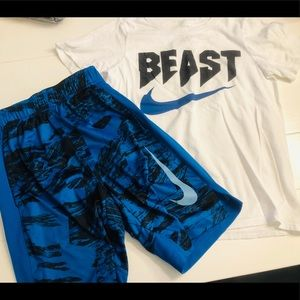 Nike Boys T Shirt and Shorts Youth Small